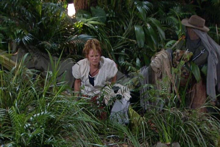 Als Doreen aus der Hängematte kippt, gibt's Tränen - vor Lachen!