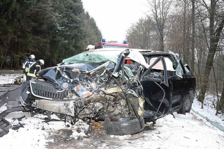 Die Autos waren nach dem Unfall nur noch Schrott.