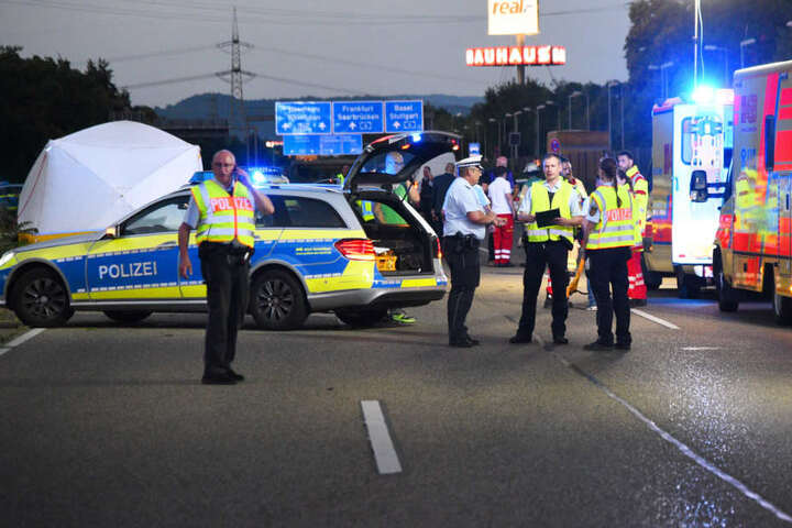 Die Bundesstraße 38 war nach dem Crash stundenlang gesperrt.