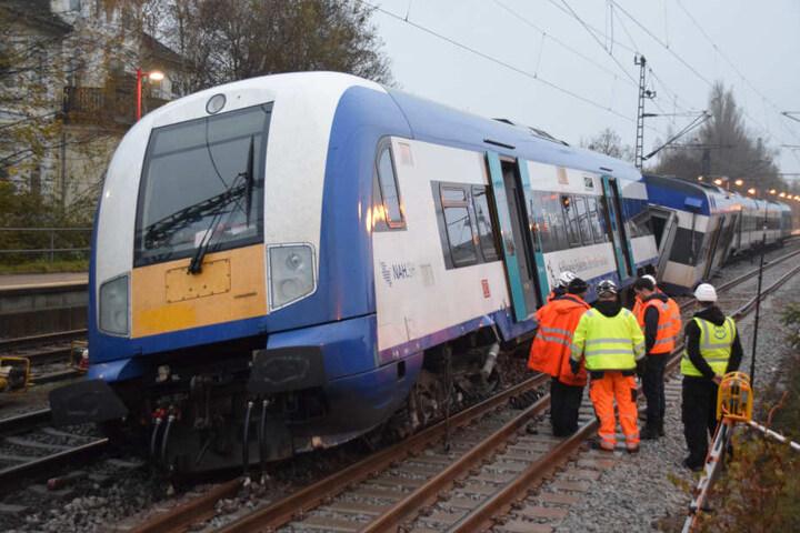 Durch den Unfall ist der Bahnverkehr stark gestört.