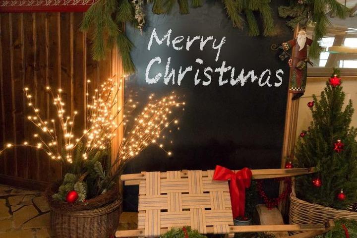 """In Brakel-Siddessen findet ein besonderer Weihnachtsmarkt unter dem Motto """"klein aber fein"""" statt."""