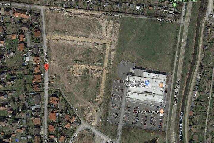 Der Unfallort befindet sich An der Festwiese in Torgau, einem Neubaugebiet.