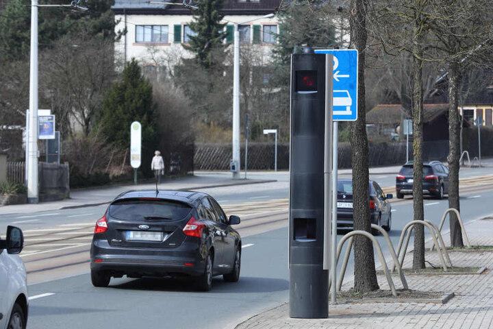 Das Messgerät in der Pausaer Straße löste schon tausende Male aus.