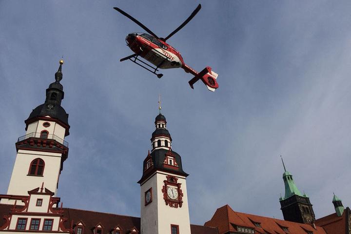 Der Rettungshelikopter flog ohne Patient wieder ab.