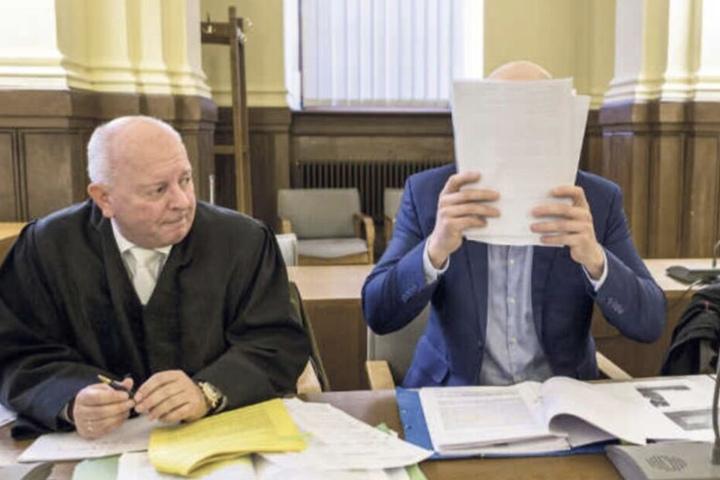 Wird das Urteil rechtskräftig, hätte der 27-Jährige keine Zukunft mehr im Staatsdienst.