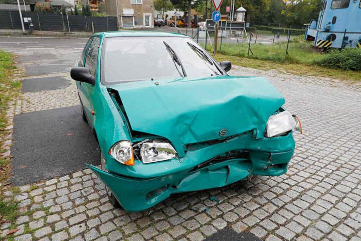 Der abgehauene Unfallfahrer parkte seinen Suzuki Swift in einer Nebenstraße.