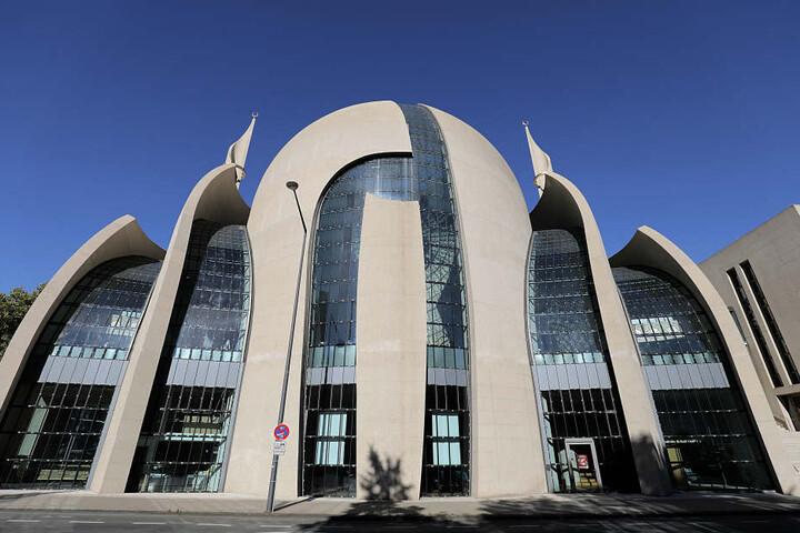 Die angekündigte Transparenz in der Ditib-Moschee lässt weiter auf sich warten.
