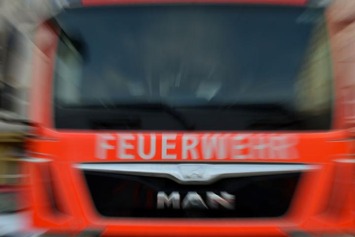 Die Feuerwehr fischte die Leiche des Mannes aus dem Neckar. (Symbolbild)