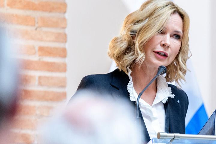 Schauspielerin Veronica Ferres hat sich zu ihrer christlichen Erziehung geäußert.