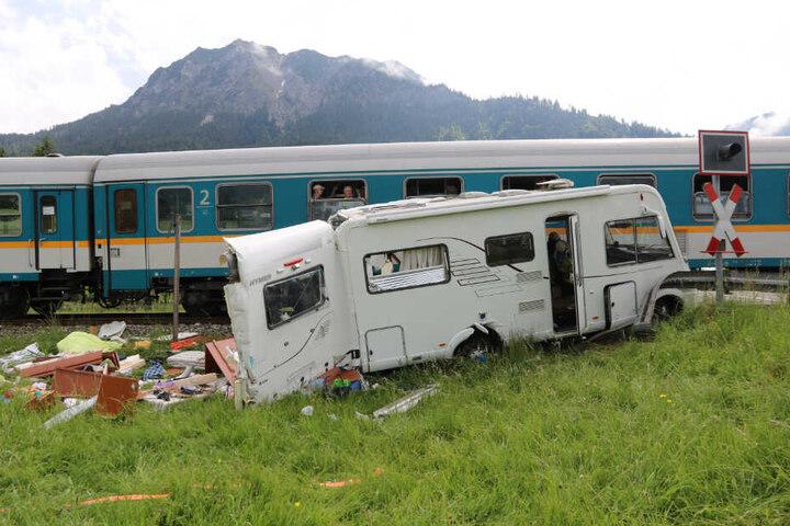 Am Wohnmobil vom Typ Hymer B534 entstand ein Totalschaden.