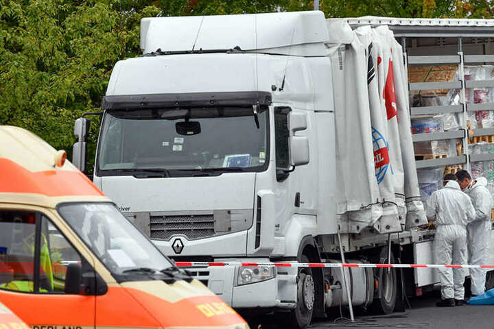In diesem Lastwagen wurden die Flüchtlinge nach Deutschland eingeschleust.
