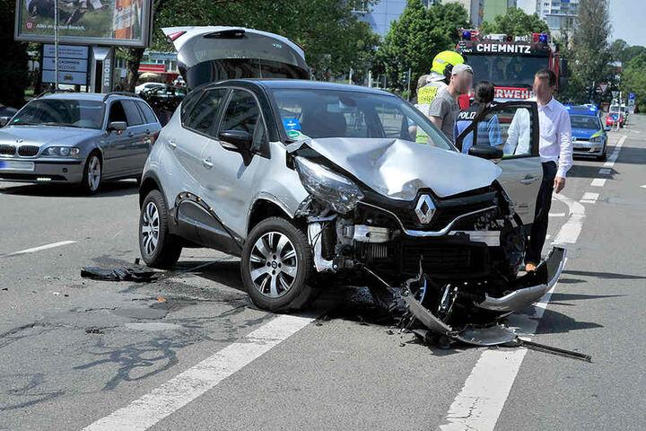 Immer wieder kommt es in Chemnitz zu Unfällen mit verletzten Personen, wie hier im Mai 2017 in der Brückenstraße. (Archivbild)