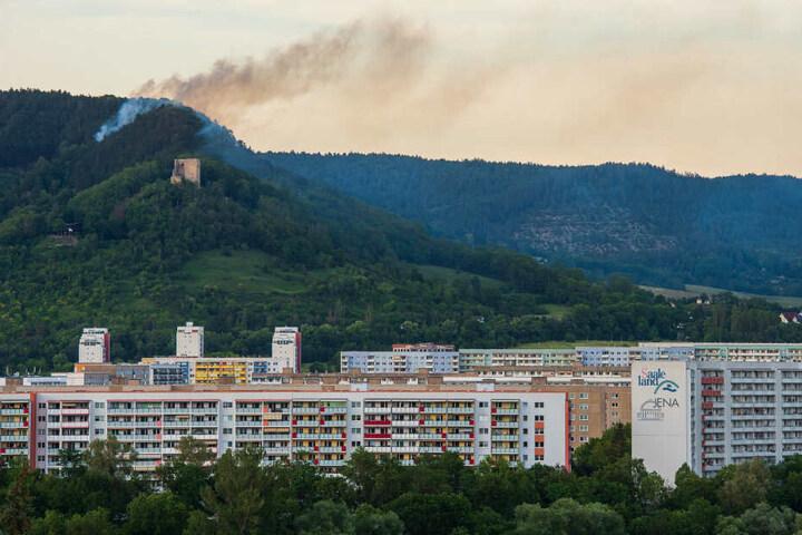 Über Jena brannte das Waldstück lichterloh.