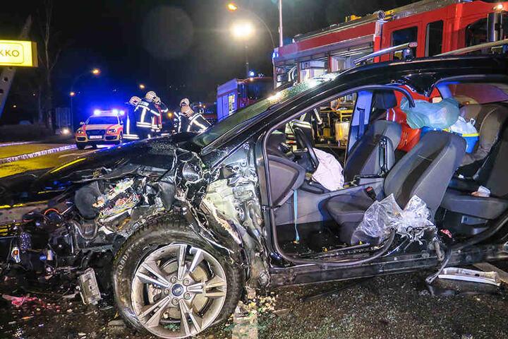 Der schwere Unfall passierte am Samstagmorgen auf der B169 in Aue.