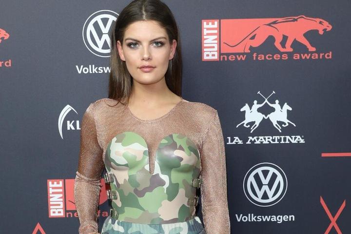 Auch bei Model Vanessa Fuchs ist das Tarnmuster extrem angesagt.