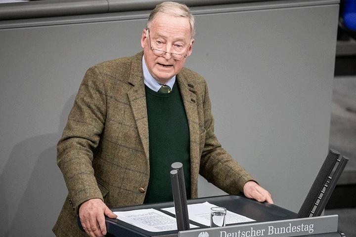 Sorgte gleich bei seiner ersten Rede für einen Eklat: Alexander Gauland (76, AfD).