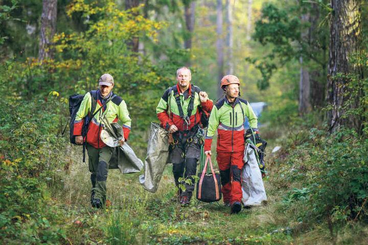 Machen sich an die Arbeit: Thomas Tunger (v.l.), Peter Hahn (56) und Heiko Schwarz.