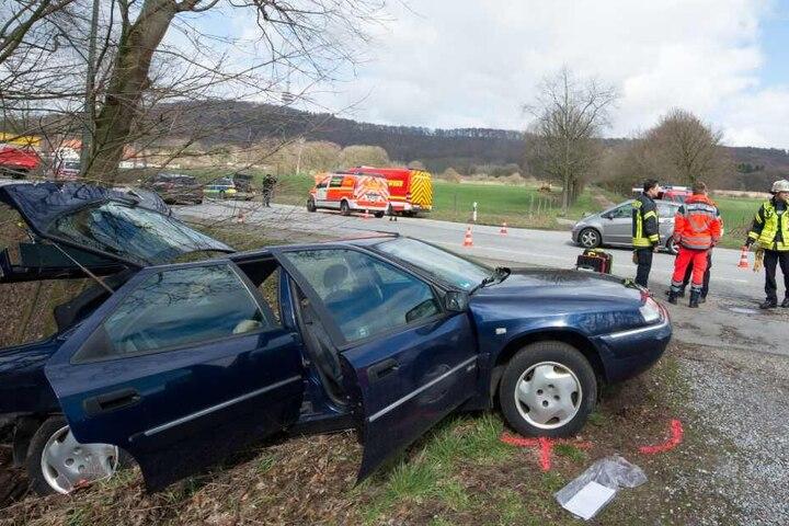 Das Auto mit den beiden Frauen landete im Graben.