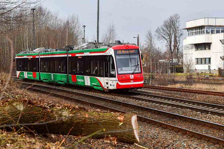 Seit die Citybahn von Burgstädt direkt bis in die Chemnitzer Innenstadt fährt, steigen die Fahrgastzahlen. Auch Anwohner des Küchwalds sollen profitieren. Es entsteht ein neuer Haltepunkt.