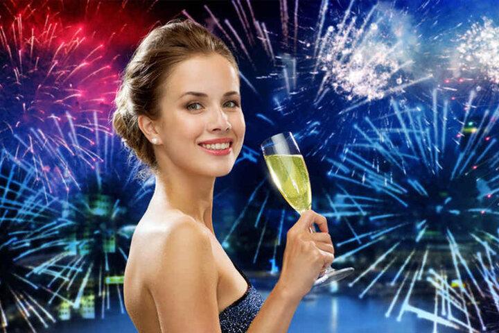 Ein Gläschen Sekt, ein bisschen Feuerwerk und schon kann aus Silvester eine tolle Nacht werden.