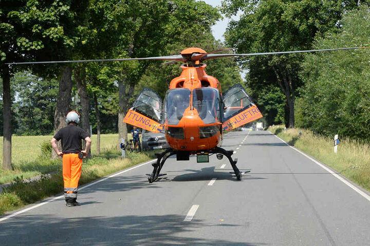 Ein Rettungshubschrauber brachte den Jungen ins Krankenhaus.