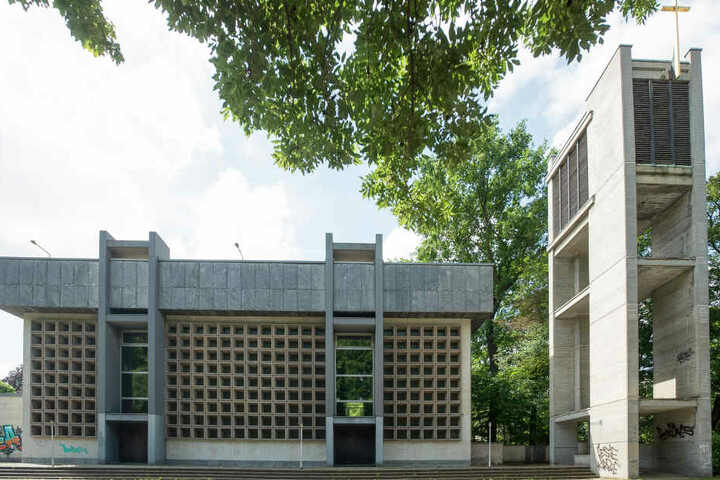 Die abgerissene Probsteikirche wurde 1982 eingeweiht.