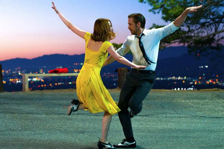 """Die Hauptdarsteller Emma Stone und Ryan Gosling des Fast-besten Film """"La La Land""""."""