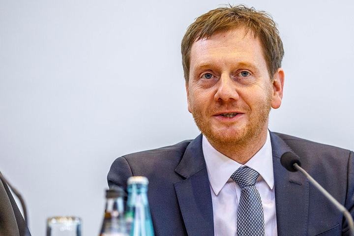 Ministerpräsident Michael Kretschmer (44, CDU) kommt am Mittwoch nach Chemnitz.