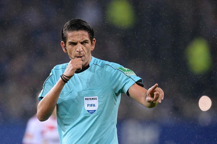 Der beste deutsche Schiedsrichter darf leider vorerst kein Bundesliga-Spiel mehr leiten.