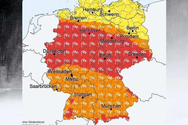 Wie ein rotes Band zieht sich der Orkan quer durch Deutschland.