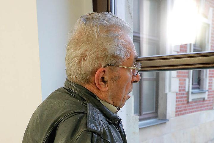Gerhard K. (83) fiel auf die Masche der beiden Damen herein. Jetzt bekommt er seine 45000 Euro vermutlich wieder.