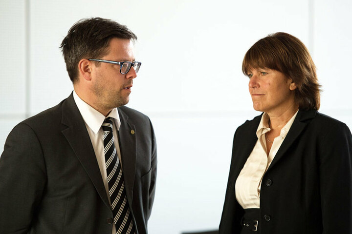 Pia Findeiß (60, SPD) musste am Montag vor dem Landtags-Untersuchungsausschuss Rede und Antwort stehen.