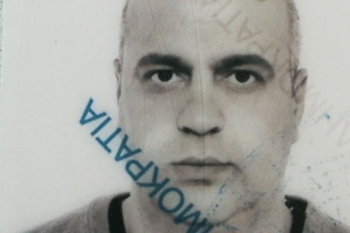 Der 37-Jährige ist ist Grieche, seit knapp einem Monat verschwunden und war zuletzt bei Angehörigen in Niedernhall zu Besuch.