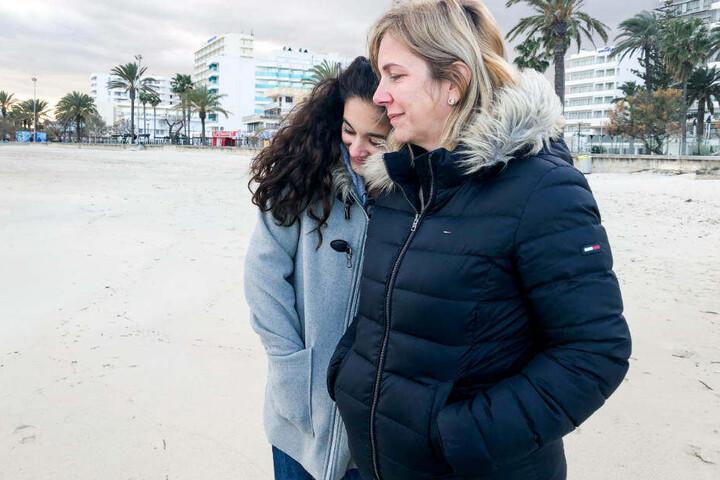 Die Familie hält zusammen: Daniela (l.) und Jada.
