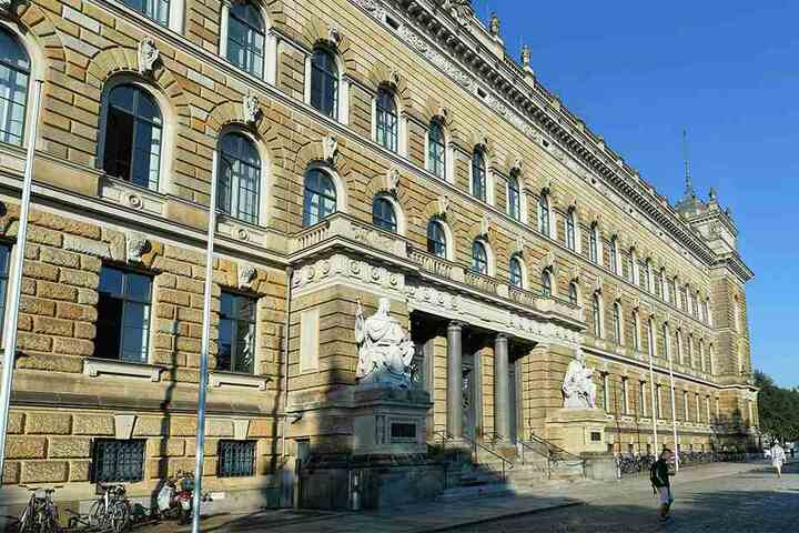 Nach jahrelangem Rechtsstreit hat das Landgericht Dresden in der Hauptsache entschieden. Demnach sind Zuspitzungen erlaubt.