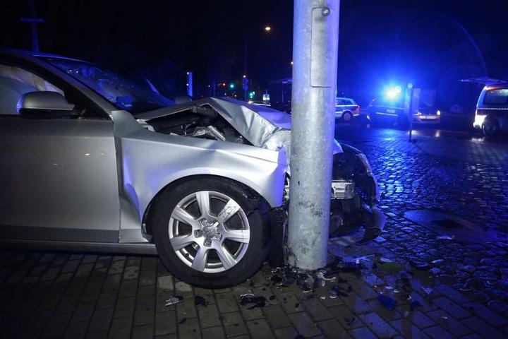 Der Unfall geschah vermutlich aus gesundheitlichen Gründen des Fahrers.