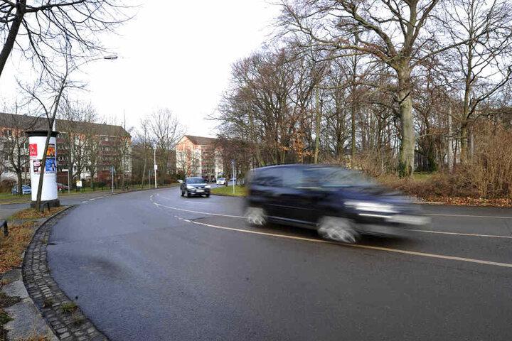 Anwohner hatten sich über illegale Autorennen am Goetheplatz beschwert, vor allem im Winter sei das Problem groß.