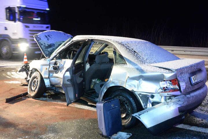 Der Audi konnte nach dem Crash nicht mehr weiterfahren.