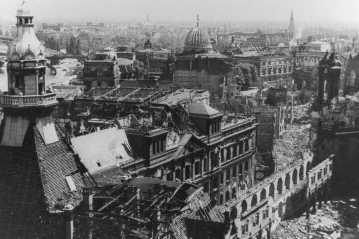 Bis zu 25.000 Opfer forderte das Bombardement der sächsischen  Landeshaupstadt.