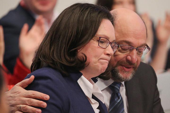 Bitter für Andrea Nahles und Martin Schulz: Bereits in sieben Bundesländern hat die AfD, laut Umfrageergebnissen, die SPD überholt.