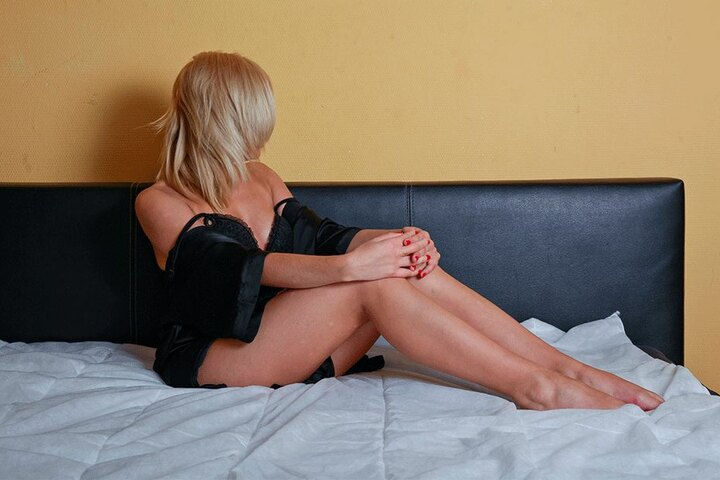 """Alle Sexarbeiterinnen und Betreiber von """"Wohnungsbordellen"""" müssen sich jetzt bei der Stadt registrieren."""
