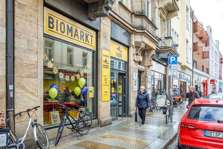 Im neu eröffneten Laden am Schillerplatz gibt's natürlich noch jede Menge Bio  mehr.