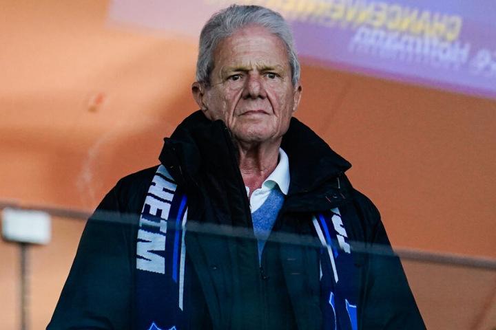 Dietmar Hopp glaubt an einen erfolgreichen Rückzug von Uli Hoeneß beim FC Bayern München.