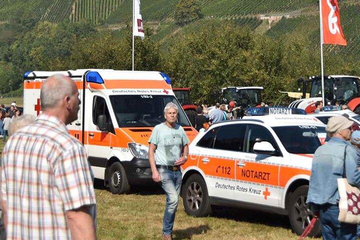 Nach dem Ausraster des Rindviehs: Rettungskräfte vor Ort in Glottertal.