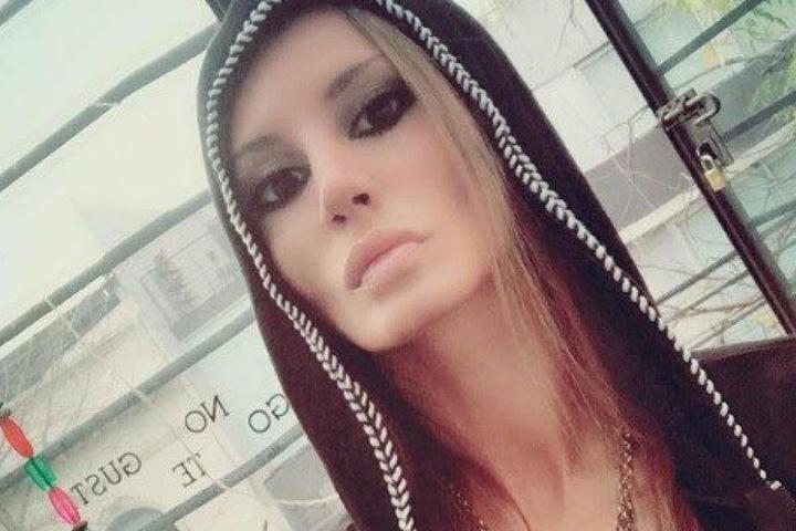 Sie lag nackt auf dem Bett: Playboy-Model tot in Nachtclub