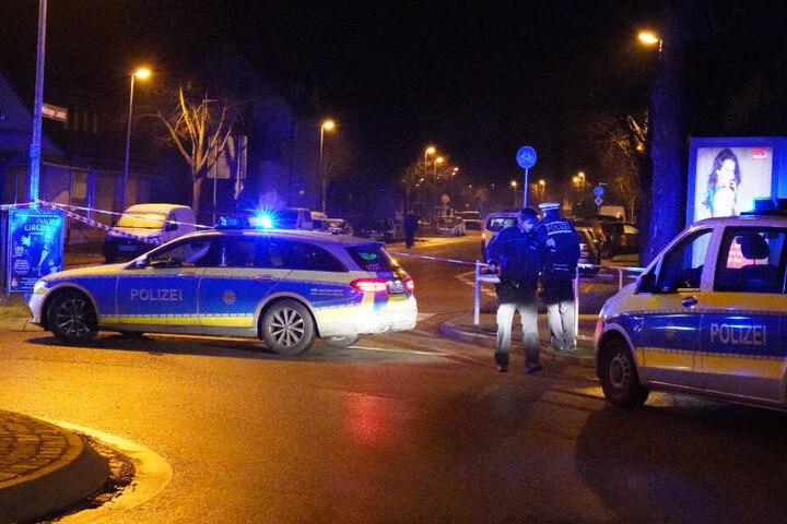 Beamte in der Nacht des Vorfalls vor Ort.