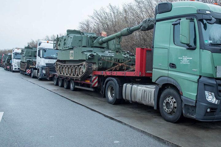 Polizei stoppt Transport von US-Panzern in Sachsen