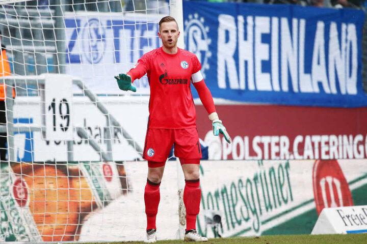 Torhüter Ralf Fährmann musste gleich zwei Mal hinter sich greifen. Seine Heimatstadt verlässt er mit gemischten Gefühlen.