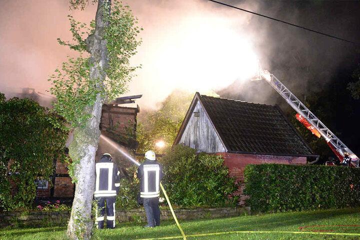 Das Fachwerkhaus brannte vollständig aus.