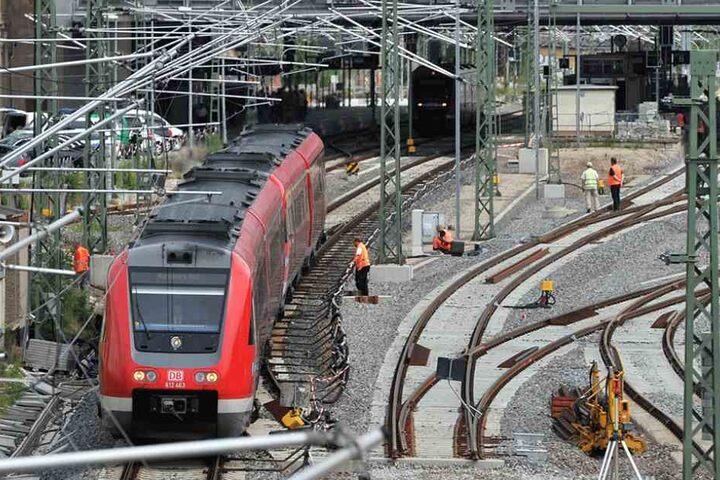 Noch rollen nur Nahverkehrszüge in den Chemnitzer Bahnhof.